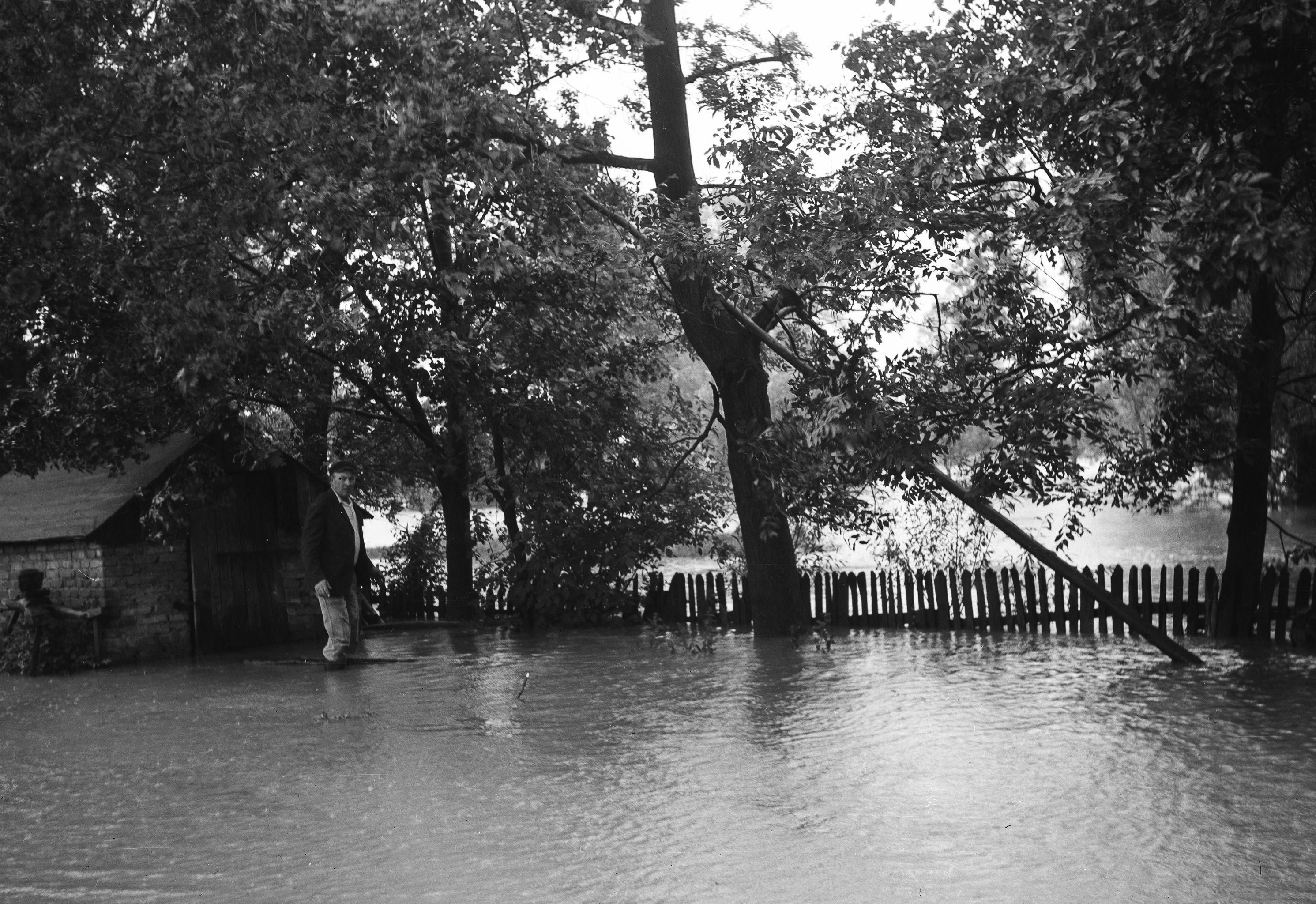 Powódź, Brzózka, Dolny Śląsk, lata 50. XX w.