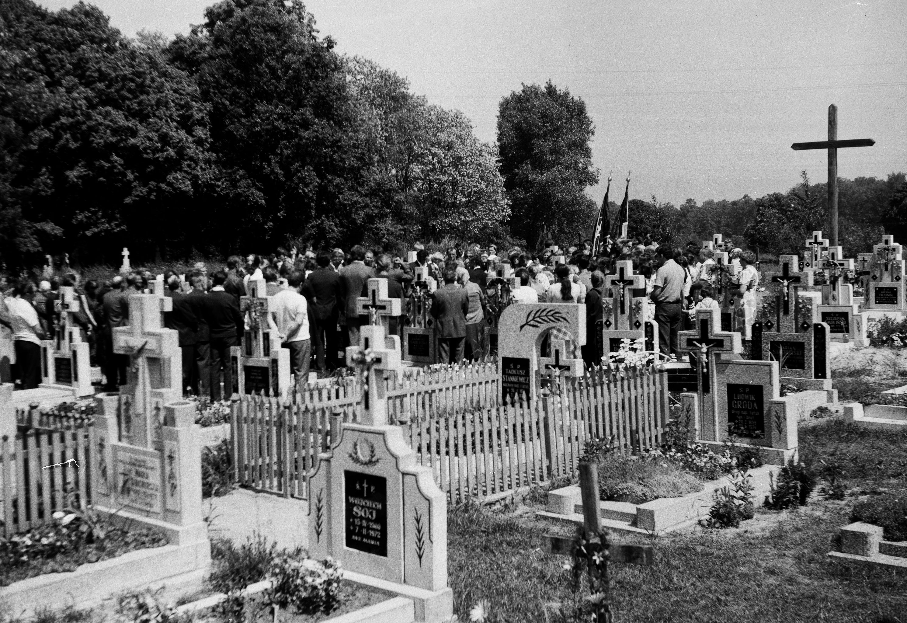 Pogrzeb Antoniego Czyżowicza, Głębowice, Dolny Śląsk, lata 80. XX w.