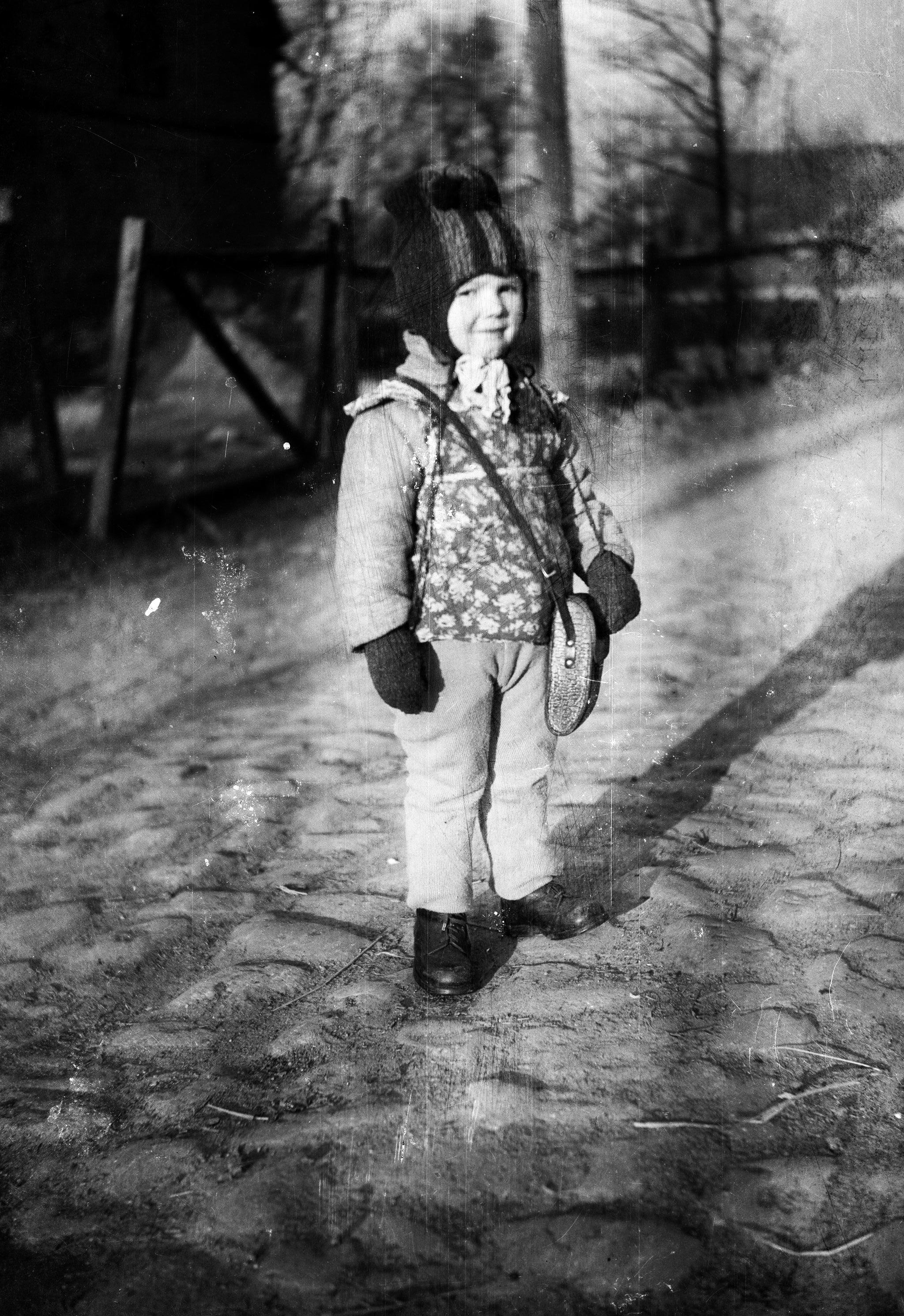 Dziecko na drodze, Dolny Śląsk, 2. poł. XXw.