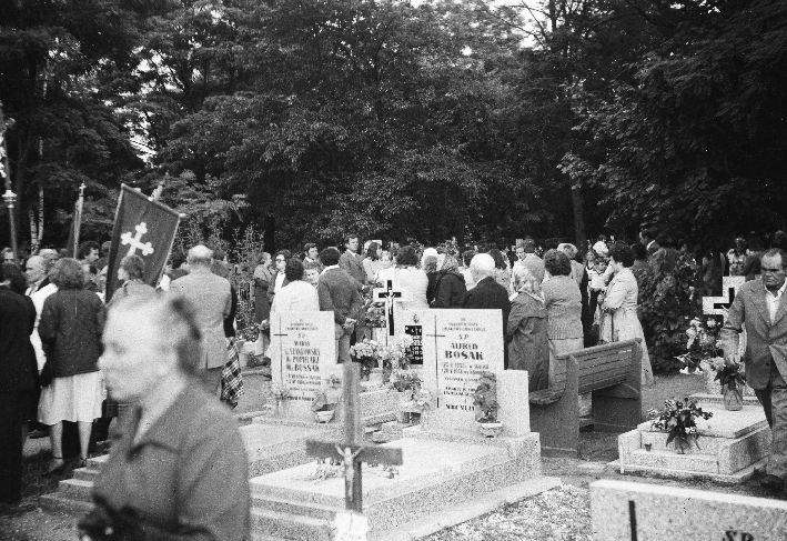Pogrzeb księdza dziekana Bosaka, Wołów, Dolny Śląsk, lata 80. XX w.