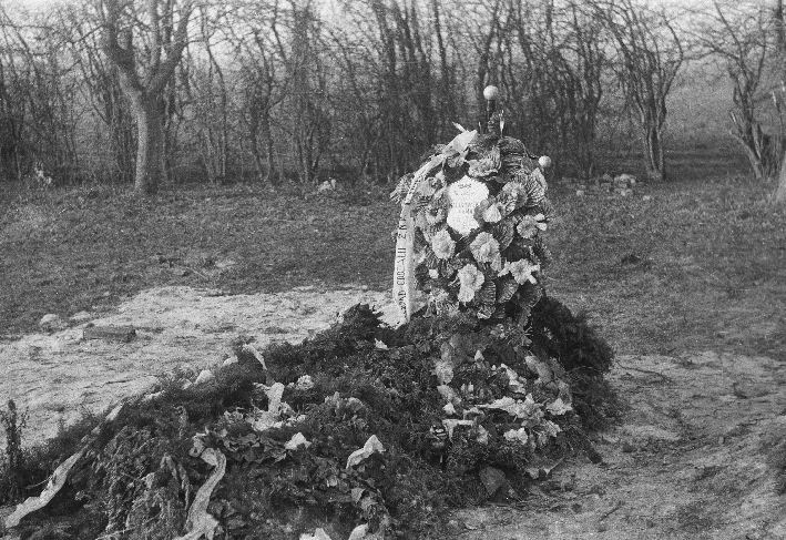 Grób nauczycielki - Anny Kalinowskiej, Smogonów Wielki, Dolny Śląsk, lata 60. XX w.