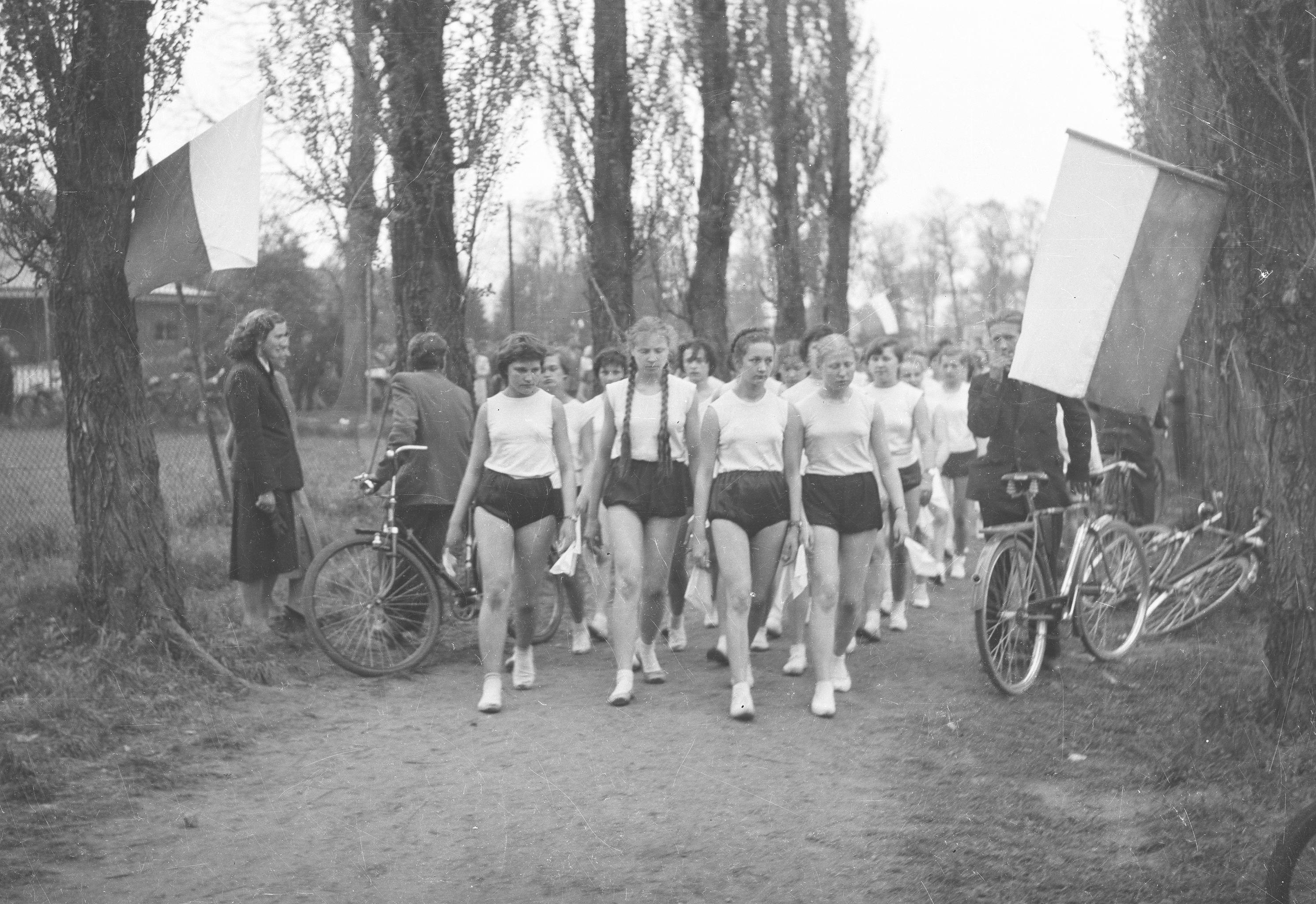 Obchody Pierwszego Maja, Wołów, Dolny Śląsk, lata 50. XX w.