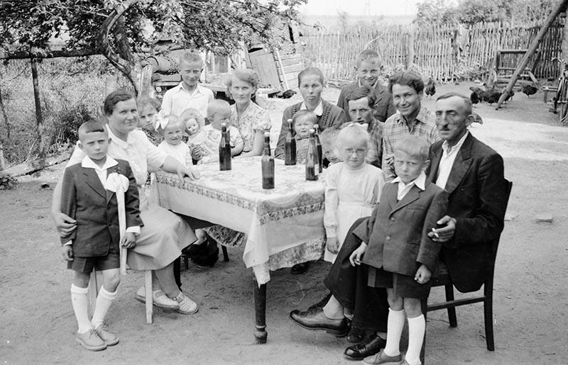 Rodzina Augustynowiczów, Turzany, Dolny Śląsk, koniec lat 50. XX w.