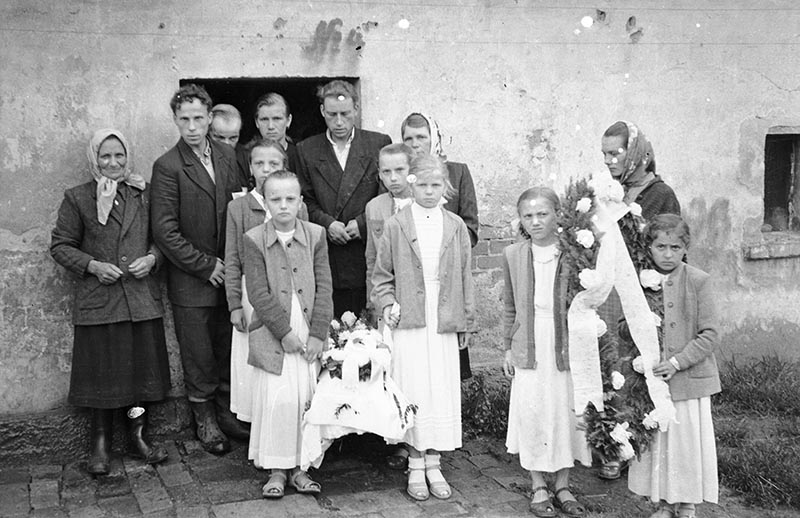 Wyjście na obchody Bożego Ciała, Dolny Śląsk, 2. poł. XX w.