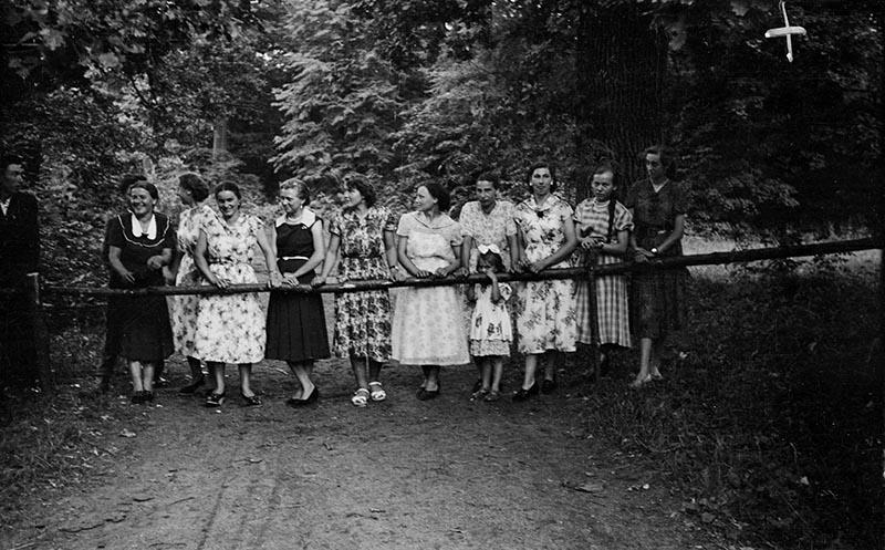 Zabawa ludowa, Głębowice, Dolny Śląsk, koniec lat 50. XX w.