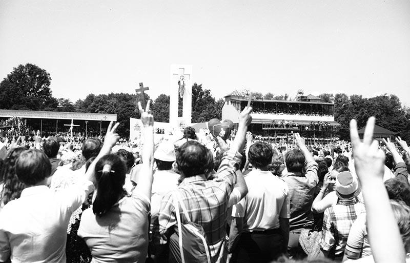 Msza na Partynicach podczas pielgrzymki Papieża Jana Pawła II, Wrocław, 21 czerwca 1983 r.