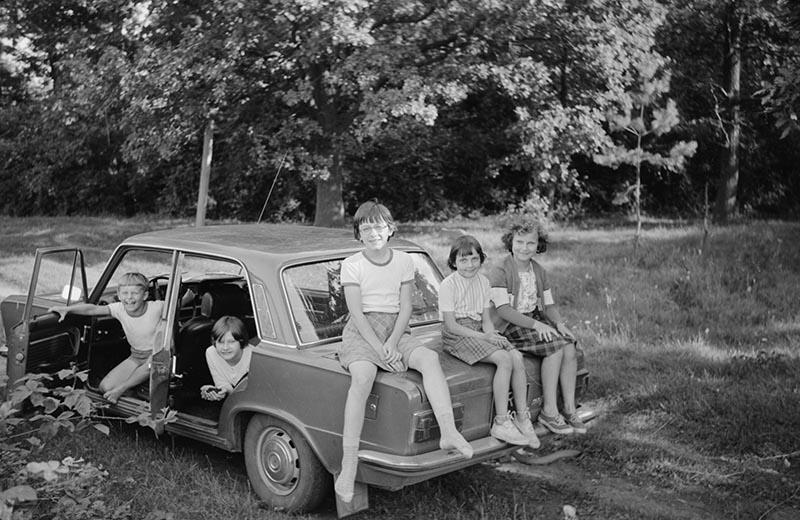 Dzieci z autem, Dolny Śląsk, 2. poł. XX w.