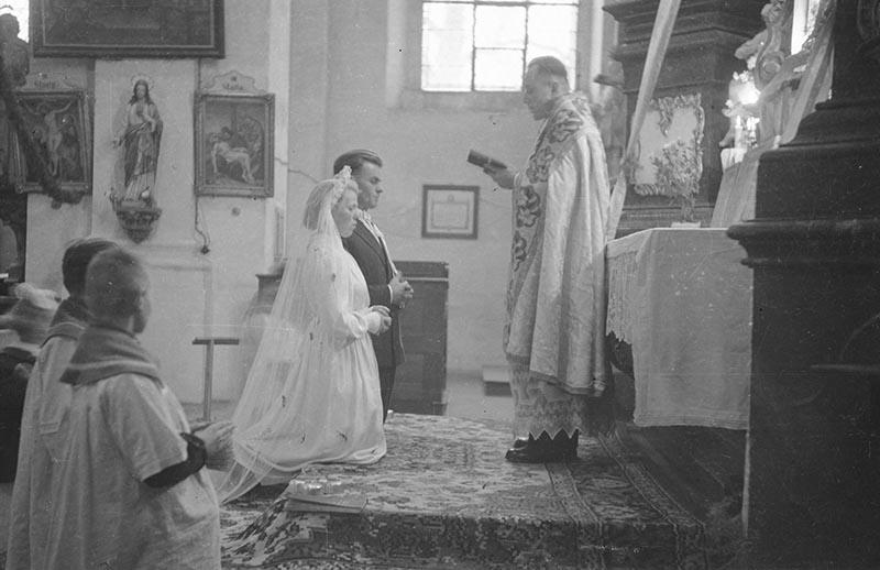 Ceremonia ślubna, Głębowice, koniec lat 50. XX w.