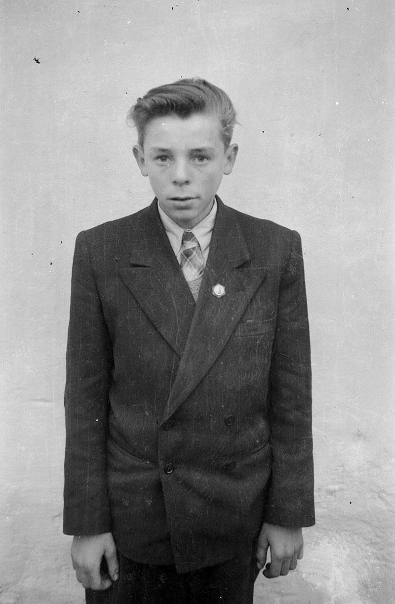 Zdjęcie chłopca, Dolny Śląsk, 2. poł. XX w.