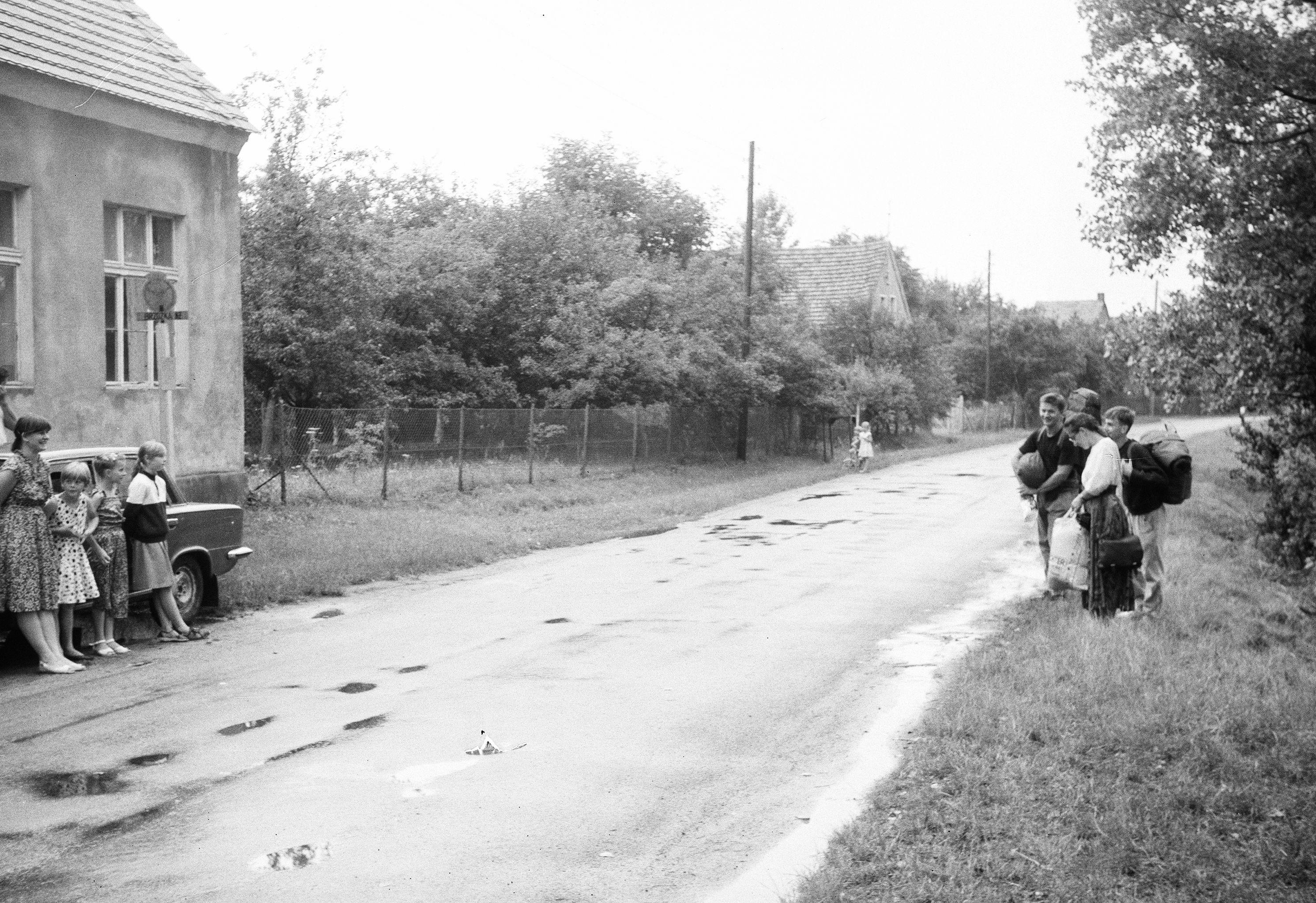 Przygotowania do pielgrzymki do Częstochowy, Brzózka, Dolny Śląsk, lata 50. XX w.