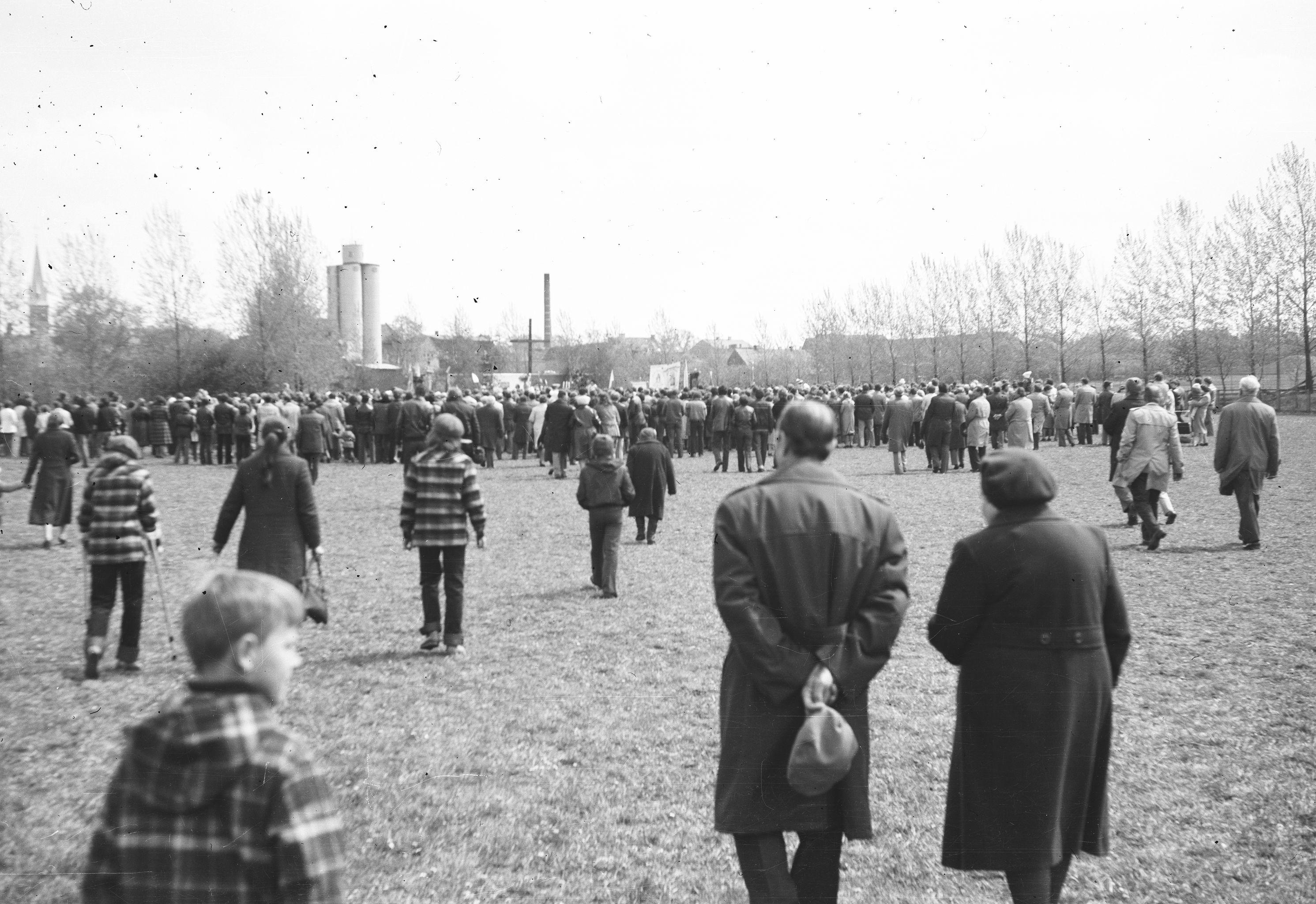 Msza Święta na stadionie, Wińsko, Dolny Śląsk, lata 80. XX w.