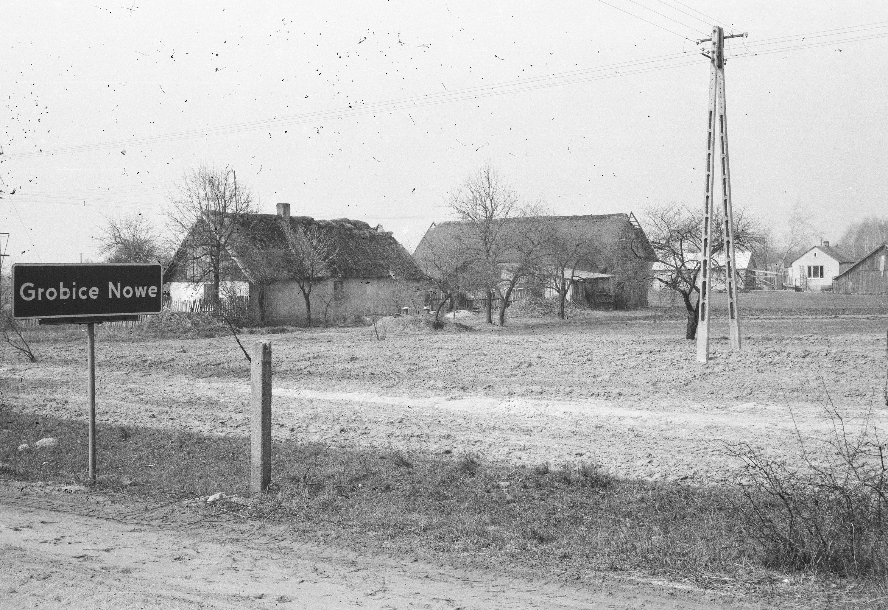 Widok w drodze powrotnej ze szpitala w Otwocku, lata 80. XX w.