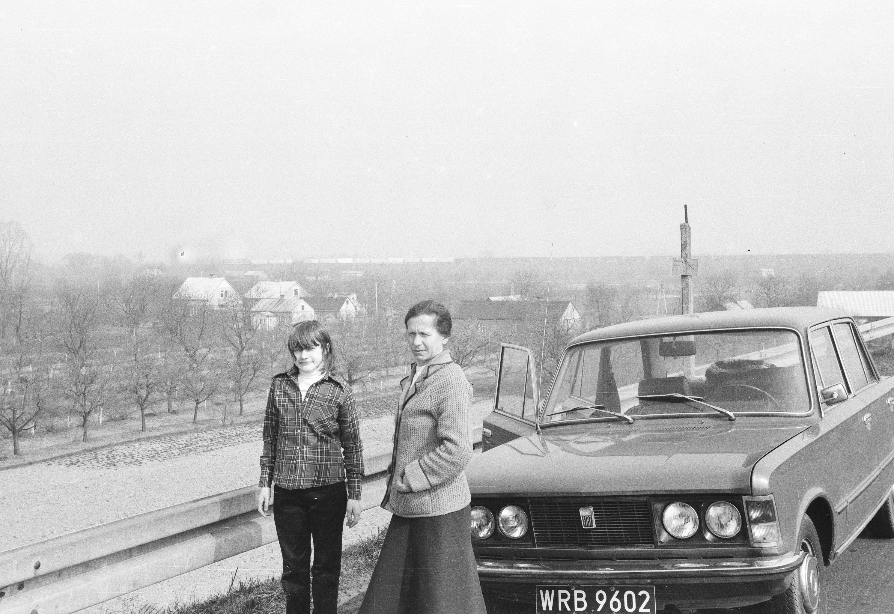 Przystanek w drodze powrotnej ze szpitala w Otwocku, lata 80. XX w.