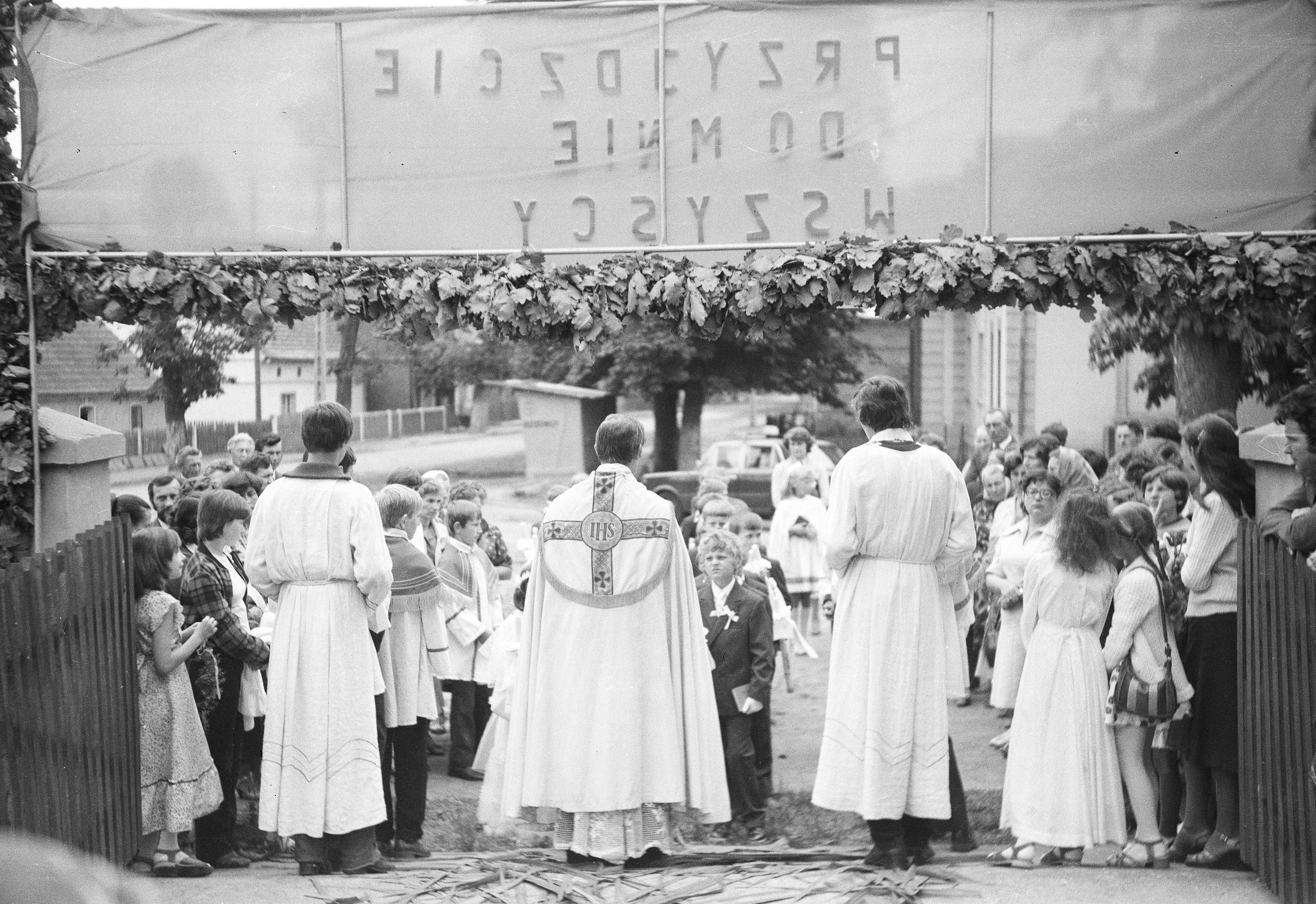 Obchody Pierwszej Komunii Świętej, Głębowice, Dolny Śląsk, 1982 r.