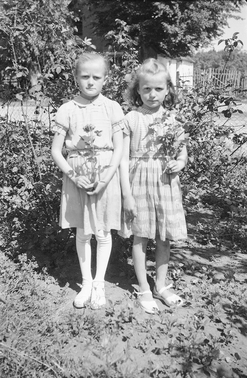 Dziewczęta z różami, Dolny Śląsk, 2. poł. XX w.