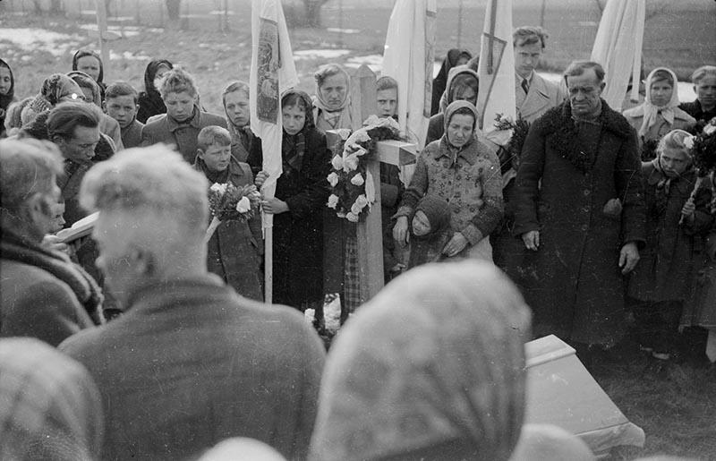 Pogrzeb,  Białawy Małe, Dolny Śląsk, koniec lat 50. XX w.